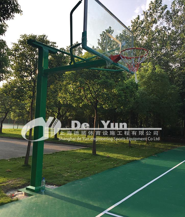 上海外国语大学西外外国语学校..jpg